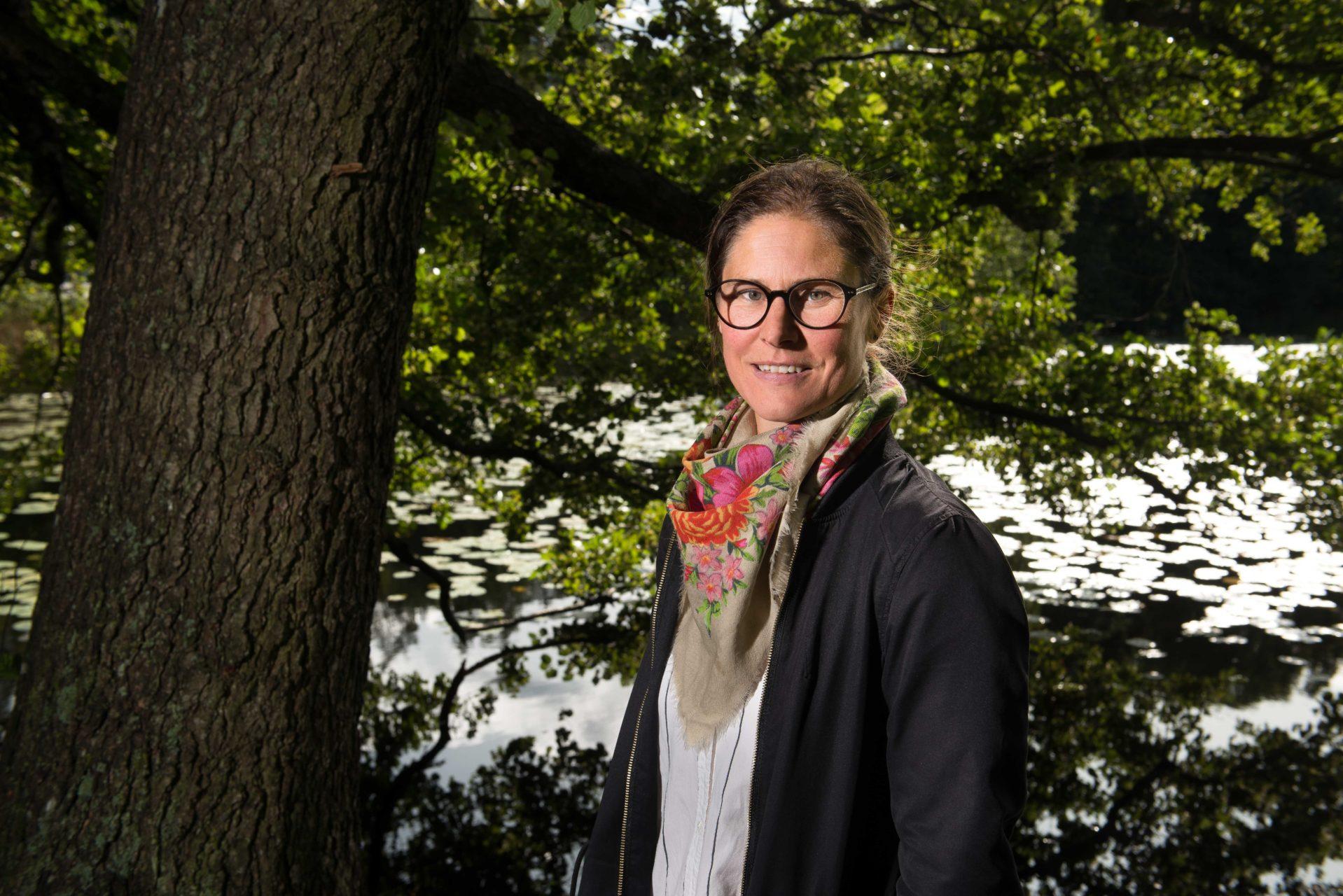 Johanna Sandahl är Naturskyddsföreningens ordförande. Jag fotograferade henne på uppdrag av Skogsstyrelsens tidning SkogsEko #3 2017.